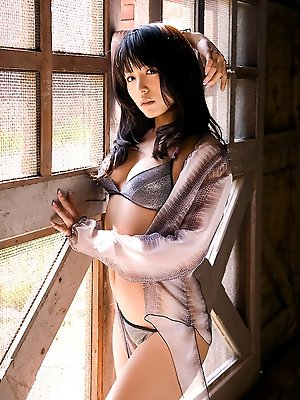 Yukie Kawamura Asian can´t say in which bath suit she looks best